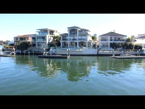 Mansions by Nerang River, Brisbane City, Australia, 澳大利亚旅游:布里斯本市(奈蕴河、奈運河)沿岸的豪宅