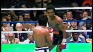 Ray Sugar Leonard humiliates Roberto Duran