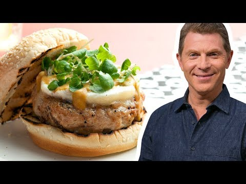 Bobby Flay Makes Turkey Burgers | Food Network