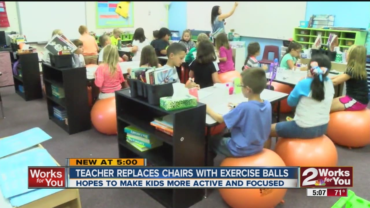 Teacher Replaces Classroom Chairs With Exercise Balls