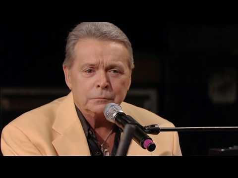 Mickey Gilley   Room Full Of Roses