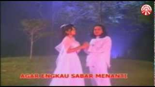 Gambar cover Nada Soraya & Nadi Baraka - Malam Terakhir [Official Music Video]
