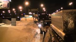 4х4 внедорожники дергают засевший в снегу автовоз Дергаем автовоз я170(4х4 внедорожники дергают засевший в снегу автовоз Дергаем автовоз я170 На моем канале Вы сможете посмотреть..., 2013-03-25T21:53:32.000Z)