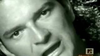Si el norte fuera el sur(Ricardo Arjona) -Video Original