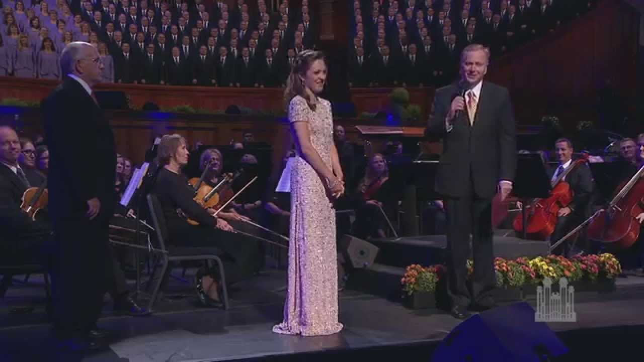 Laura Osnes Gets a Fond Farewell - Mormon Tabernacle Choir - YouTube