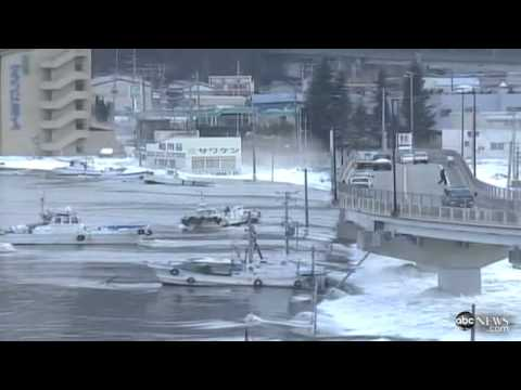 Japan Tsunami Washes Away Cars in Miyagi Prefecture - ABC News.mp4