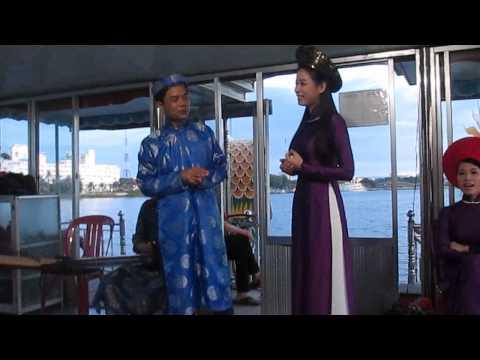 Team trip 2014 - Ca Huế - Hò đối đáp