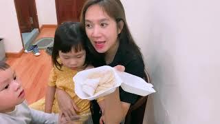 Nếm thử Bánh Đậu Xanh Trái Cây và Bánh Bèo Ngọt cùng Gia Đình Lý Hải Minh Hà