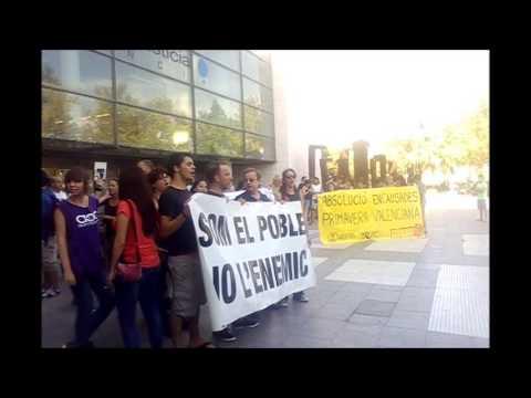 """""""Dimisión Sánchez de León"""" - Protesta por el juicio #PrimaveraValenciana"""