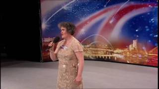 SUSAN BOYLE  ☆ I DREAMED A DREAM ☆  PERFORMANCE ONLY VERSION