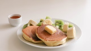 Soft and Fluffy Souffle Pancakes for one : Japanese Pancakes 수플레 팬케이크 | SweetHailey