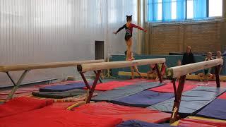 Спортивная гимнастика. Бревно. 1 юношеский разряд. Милана Верзилова,7 лет