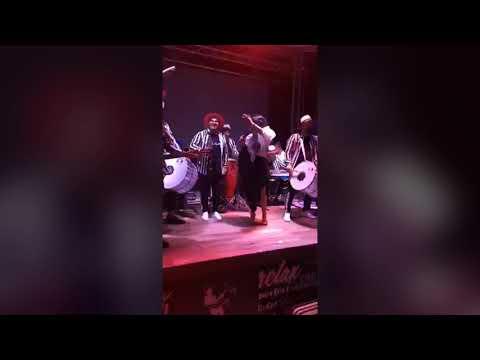 Laura Vass & Formatia Kana Jambe - Shot, Shot (Original Video Live)