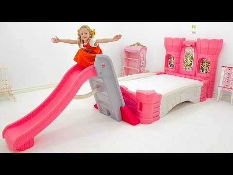 Stacy and her new pink room