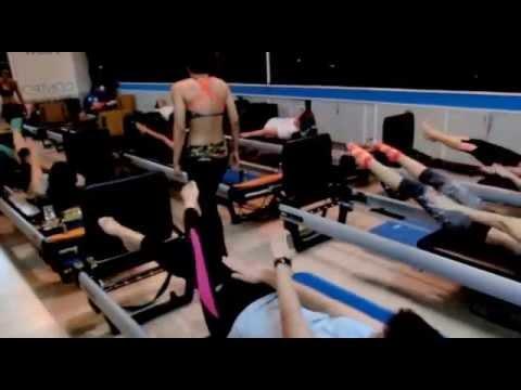 Pilates พิลาทีส Group class kru Duang