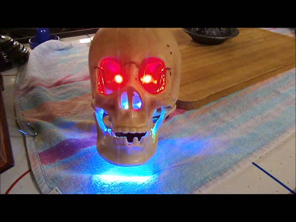 animated talking skull halloween decoration - Talking Skull Halloween