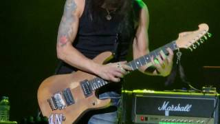 Download Nuno Bettencourt - Flight Of The Wounded Bumblebee - Extreme Medley - GENERATION AXE Tokyo 170407