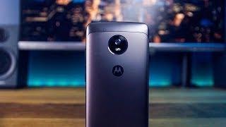 BEST BUDGET SMARTPHONE!?! // Moto G5 Review