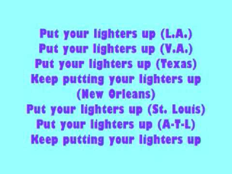 Lil Kim Lighters Up Lyrics