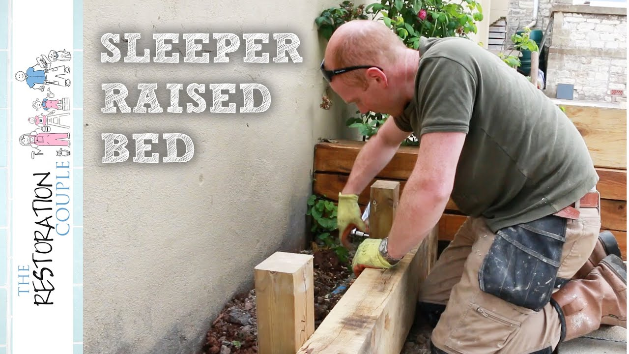 Building a Timber Retaining Wall using Oak Sleepers