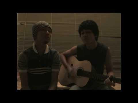 Blookar-Please don't walk away (acoustically high version)