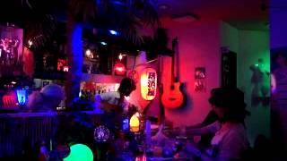 12年7月22日(日)MUSIC BAR 学生街の喫茶店にて♪ かぐや姫「離婚...
