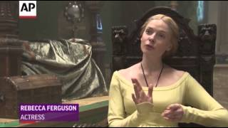 On Set With 'The White Queen'
