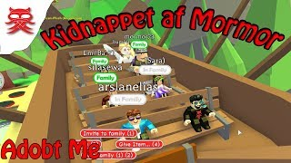 Kidnapped by Grandma-Adobt me-English Roblox