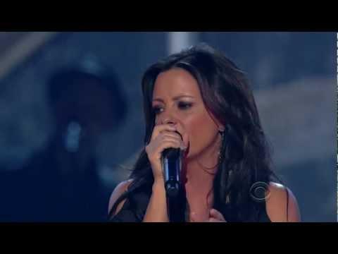 Sara Evans - A little bit stronger - Live - HQ-HD