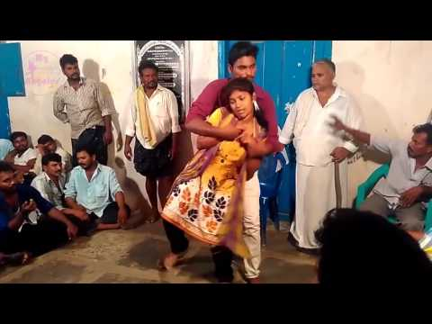Latest Tamil Village record dance open stage 2016    New Adal Padal 1222