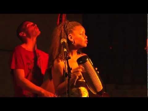 Taller de Música Llatina d'Avinyó amb Barnhabana