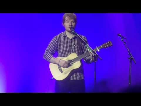 Ed Sheeran - Friends - Berlin 14/11/2014 HD