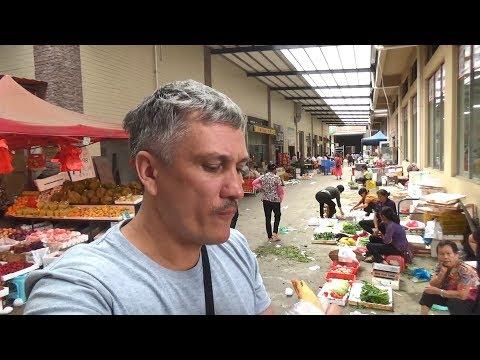 Смотреть Уличная еда. Завтрак на рынке, обед с рынка - Жизнь в Китае #158 онлайн