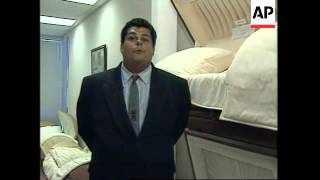USA: CALIFORNIA: NEW DISCOUNT CHAIN SELLS COFFINS AND CASKETS