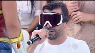 Repeat youtube video Laura e Jorge passam pelo Exame de Vista no Legendários