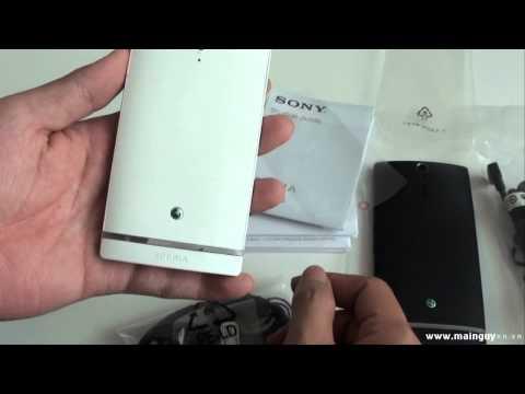 Khui hộp Sony Xperia S trắng và đen tại Mai Nguyên - www.mainguyen.vn