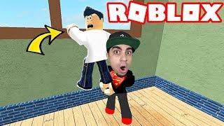 الهروب من المدرسة الخطيرة Roblox !! ??