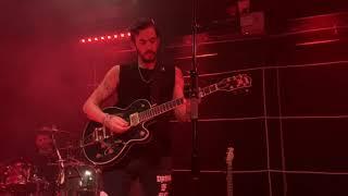 Dennis Lloyd - Aura [LIVE] Video
