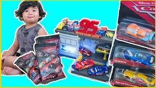 NEW Cars 3 toys | Rusteze Cruz Ramirez 1/55 diecast | Quick Change Garage | Mini Racers wave 2
