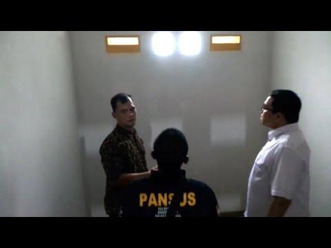 Bersama Niko Panji, Tim Pansus Angket KPK Datangi 'Safe House' di Depok