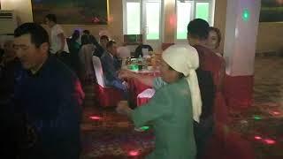 Как танцуют Киргизы на свадьбе-Прикол,лол,ржака, KYRGYZSTAN, wedding, dance,fun,lol