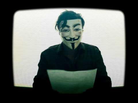 Anonymous Amateur (Se le cae la mascara)