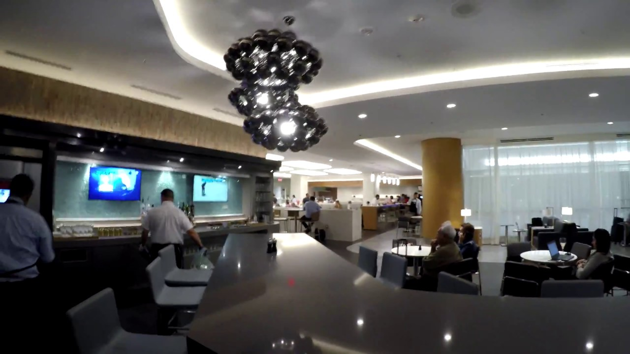 new american airlines flagship lounge miami