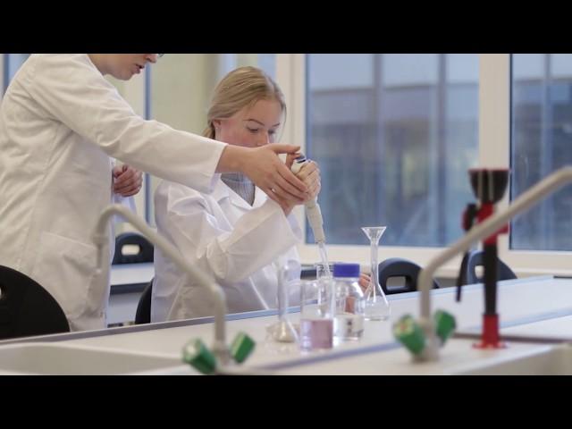 Jaunizveidotā laboratorija Bulduru Dārzkopības vidusskolā