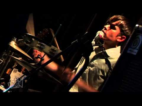 Fanfarlo - Comets (Live in Sydney) | Moshcam