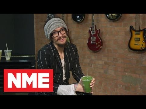 "The Darkness: ""A Lot Of People Say No Regrets, But I Have So Many Regrets It's Better Not To Think"