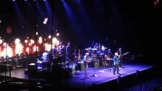 Tom Jones - Shake a hand (Ziggo Dome Amsterdam)
