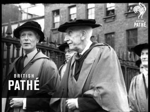 Queen Gets Degree At Cambridge (1948)