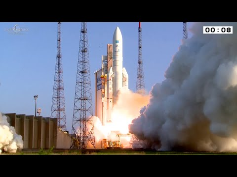 Ariane 5 liftoff on flight VA226