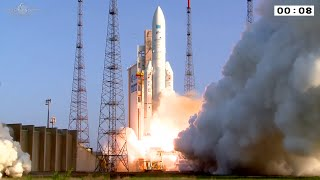 Ariane 5 liftoff on flight VA226